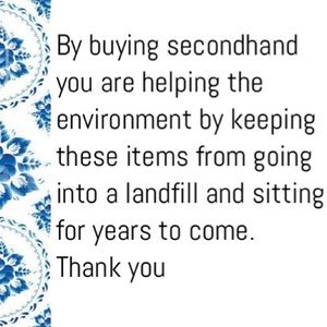 Handbags - Why buying secondhand clothing is important ♻️